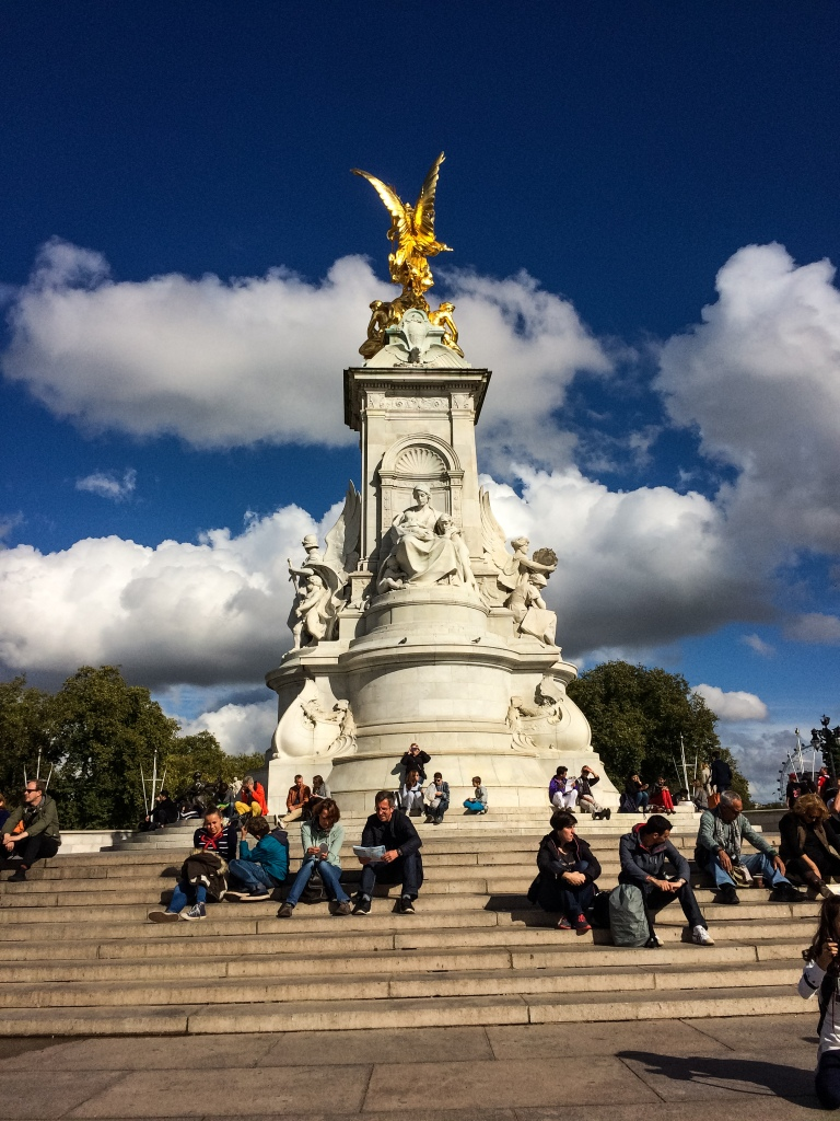 The Victoria Monument across from the palace.